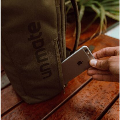 Una Mochila Matera side pockets